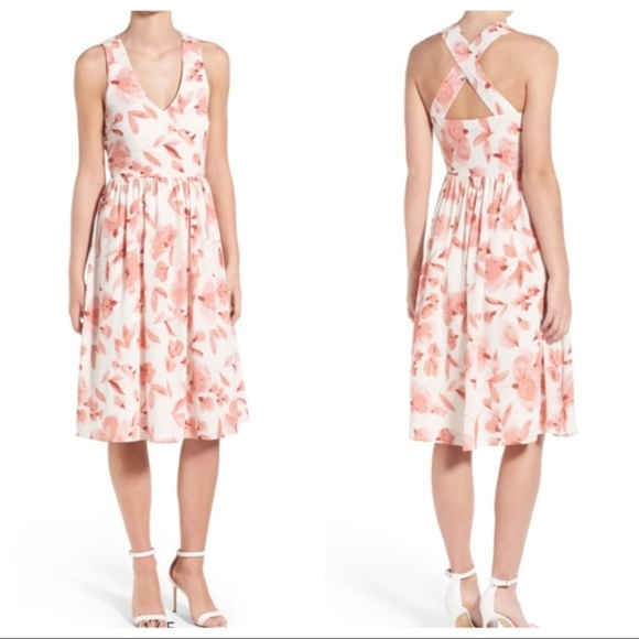 cupcakes & cashmere Dresses & Skirts - Cupcakes and Cashmere pink and white floral dress